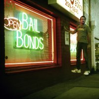 FLYiNG – Bail bonds